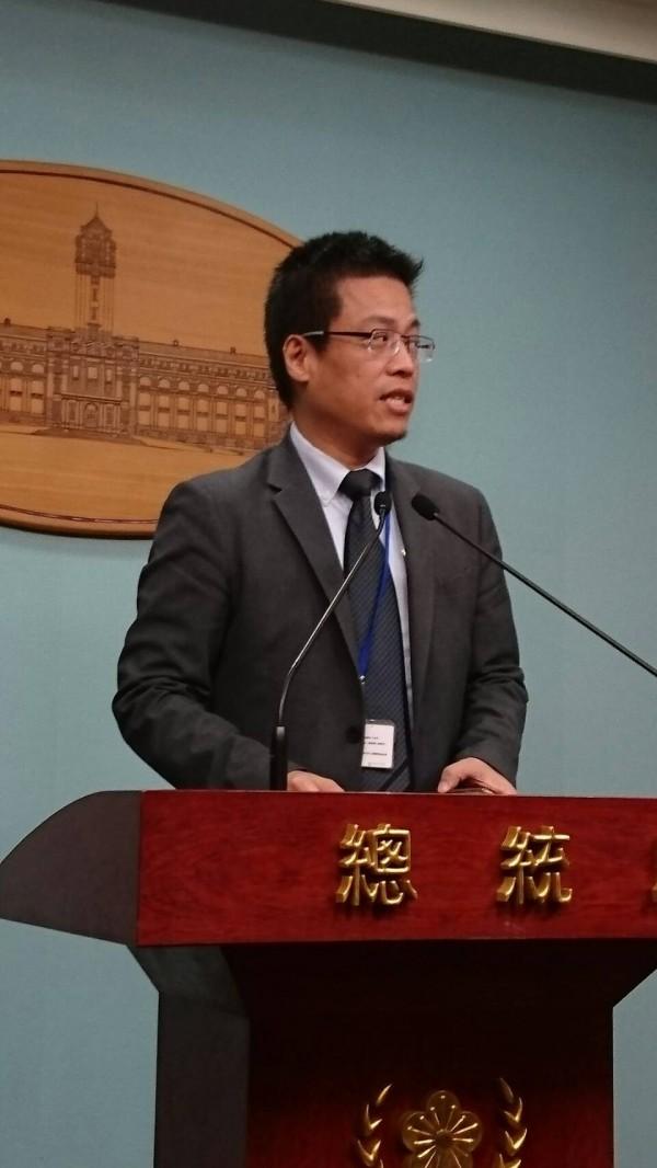 國防部表示將捐助掃雷器材給抗伊斯蘭國(IS)聯盟,總統府發言人黃重諺今說,台灣跟國際社會在反恐議題合作,行之有年,基於國際社會合作互助精神,我們有責任也樂意成為國際社會貢獻和平與文明的夥伴。(資料照)