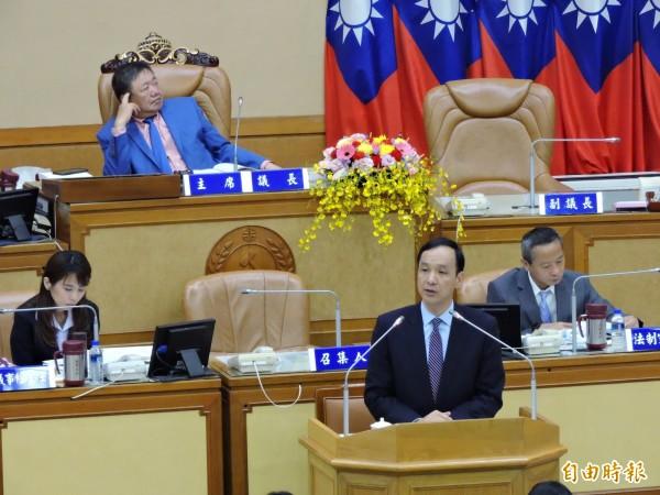 新北市長朱立倫到議會進行施政報告。(記者何玉華攝)