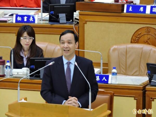 台北市傳出有意將八里污水廠還新北市管,新北市長朱立倫表示「當然很好」。(記者何玉華攝)