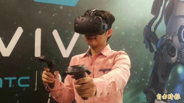 宏達電HTC Vive。(記者王憶紅攝)