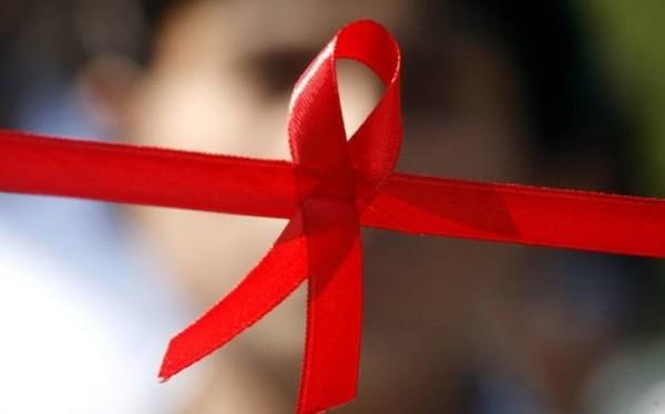 根據英國最新研究,感染HIV的部份患者,現在已可藉由藥物延壽10年,其壽命幾乎與一般人無異。(法新社)