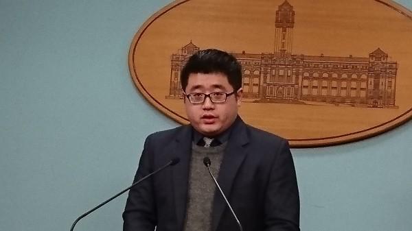 外交部今天證實斐濟駐中華民國代表處將裁撤,總統府發言人林鶴明受訪時表示,斐濟是在通盤檢視派駐全球的各館處後做出相關決定。(資料照)