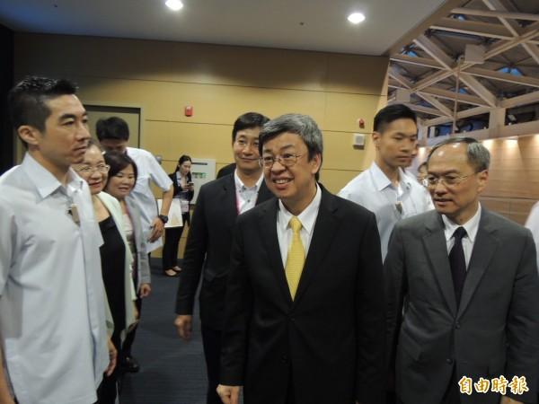 副總統陳建仁對斐濟撤館表達看法。(記者王榮祥攝)