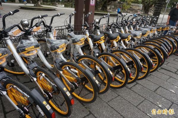 宜蘭縣開放新加坡無站式共享自行車oBike進駐,卻讓原先規劃的公共自行車租借建置計畫暫緩。(記者林敬倫攝)