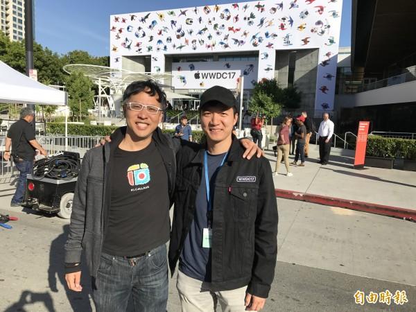 Cardinal Blue共同創辦人樊立勳(左)與負責開發iOS版的王漢麟(右)。(記者陳炳宏攝)