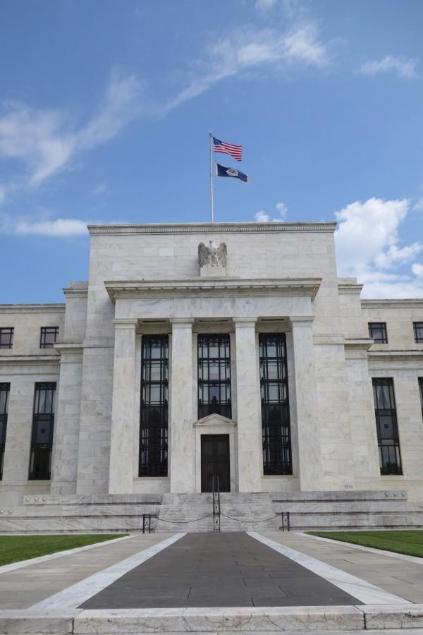 美國聯準會(Fed)官員預測年底前還會再升息1次,明年有3次升息,同時展開縮減資產負債表的計畫。(法新社)