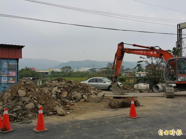 新竹縣寶山鄉鄉道竹43線近期將辦理拓寬工程,施工路段管制單向通車。圖為先前其他工程,與本新聞事件無關。(資料照,記者蔡孟尚攝)