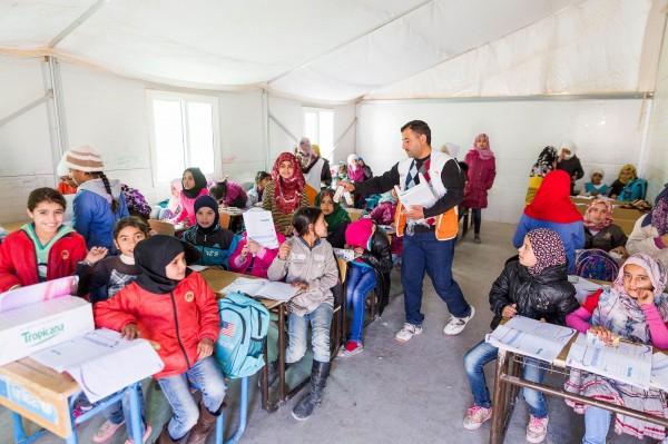 世界展望會在此提供食物、乾淨水及衛生教育,並開辦學習課程讓孩子能持續接受教育。(台灣世界展望會提供)