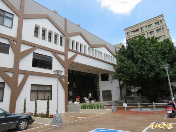 台中市南屯親子館將在七月二十五日試營運,八月八日正式營運。(記者蘇金鳳攝)