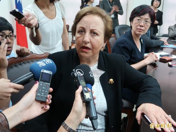 諾貝爾和平獎得主希琳.伊巴迪(Shirin Ebadi)17日拜會立法院。(記者呂伊萱攝)