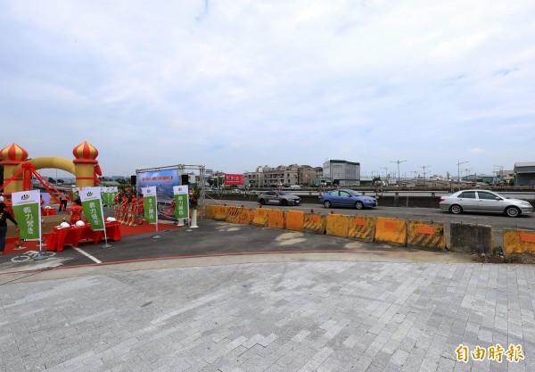 水湳40M-11號道路與中科東向道路銜接工程必須跨越台74線。(記者張菁雅攝)