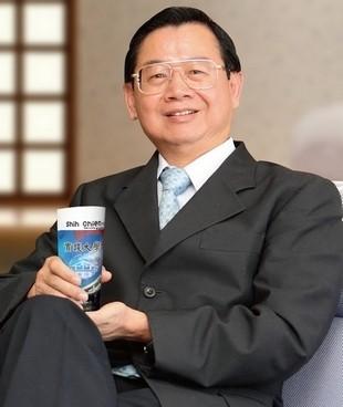 實踐大學校長陳振貴認為,台灣教授長期以來沒加薪,如今終於看到有變化,算替高教注入活水。(取自實踐大學網站)