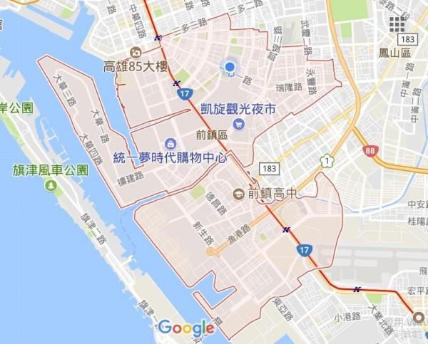 高雄衛生局漏夜到個案的前鎮區公司周遭噴藥防治。(取自Google地圖)