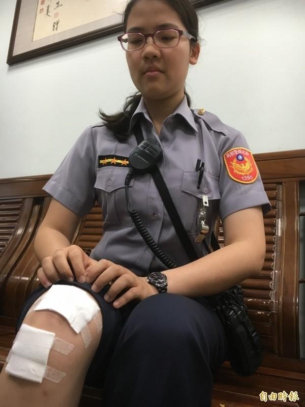 女警李昱瑩阻擋嫌犯卻遭撞,造成右膝受傷。(資料照,記者顏宏駿攝)