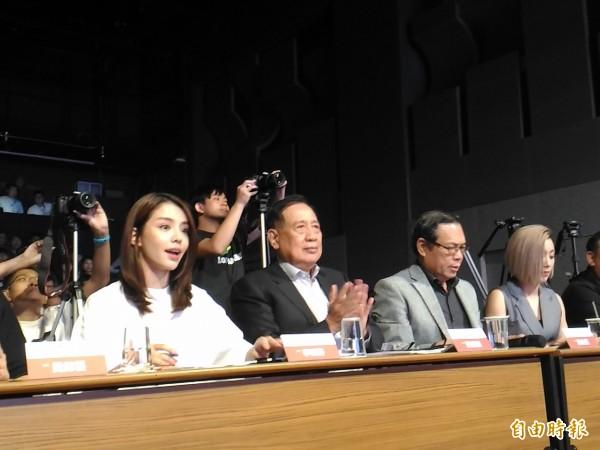 聲寶董事長陳盛沺(左二)出席第三屆聲寶之星品牌大使選拔活動。(記者李靚慧攝)