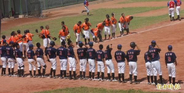 棒球是台東縣校園熱門的體育項目。(記者黃明堂攝)