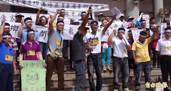 彰化線西人站出來,反對焚化爐污染家園!(記者劉曉欣攝)