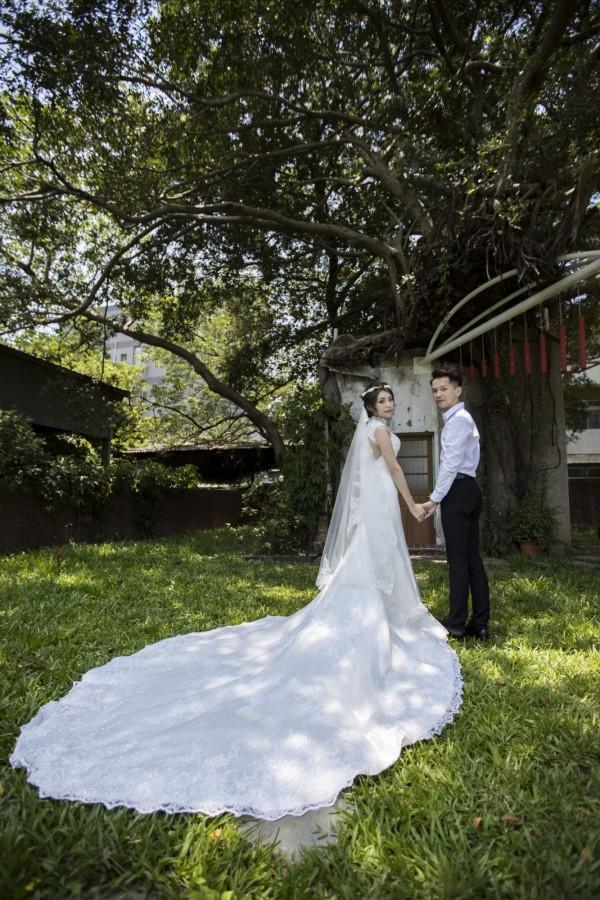新竹市城內就拍得到「森林系」婚紗照及空靈外拍照,包括新竹市經國綠園道和下竹樹屋及青青草原,都成為婚攝及外拍夯景。(照片由新竹市府提供)