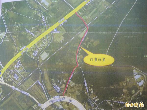 湖口鄉公所準備拓寬的計畫路線,台1線新興路838巷和光華路65巷,全長約760米。(記者廖雪茹攝)