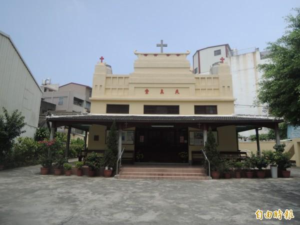 美籍曾顯道神父來台奉獻一甲子,在清水天主堂定居數十年。(記者張軒哲攝)
