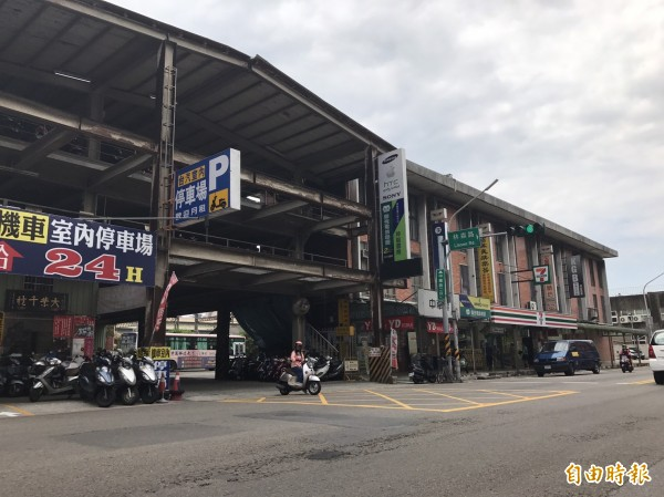 新竹市府提出的大車站計劃,將以新竹之翼縫合前後站,均衡區域發展。而包括新竹客運業者也都樂觀其成,更希望與市府合作,透過調渡站的都市變更,再升級。(記者洪美秀攝)
