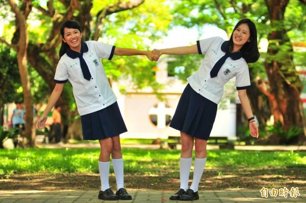 花蓮天主教海星中學的校服,在花蓮眾高中宅、魯眼中,是公認最正的校服。(記者花孟璟攝)