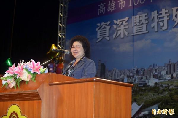 陳菊市長感謝老師們辛勞付出與無私奉獻,讓高雄市教育表現傑出耀眼,並祝全市教師們「教師節快樂」。(記者張忠義攝)