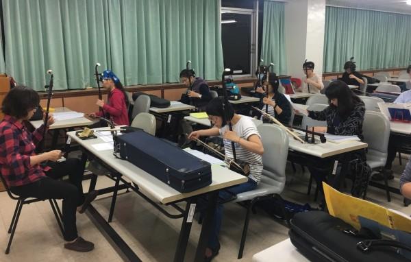 高市勞工大學第28期共開設138門課程,包括運動休閒、古樂藝能等技藝班,自9月16日至9月29日受理報名。(記者黃良傑翻攝)