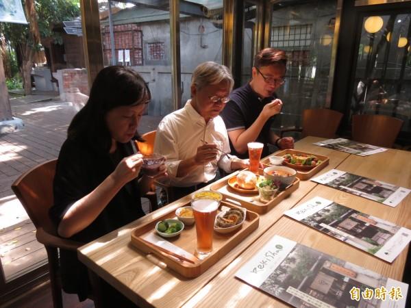 台中文學館以文學入菜,盼讓人吃到文學味。(記者蘇孟娟攝)