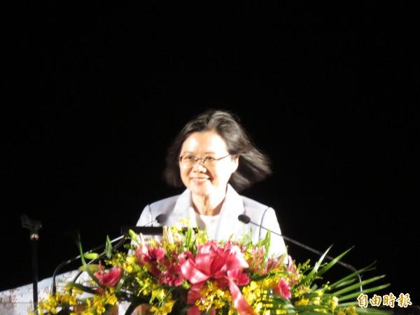 總統蔡英文到台東觀看國慶焰火前致詞。(記者黃明堂攝)