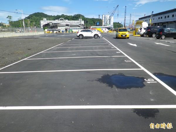 基隆港西3碼頭倉庫後停車場將趕在產業博覽會前啟用(記者盧賢秀攝)