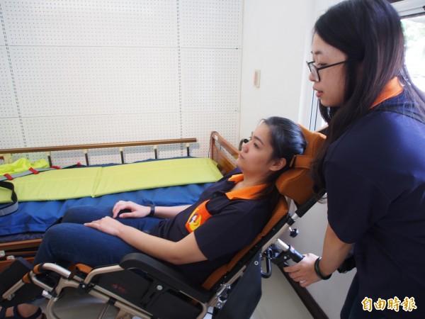 台東縣政府針對縣內身障者推出不分經濟身分的代償墊付機制,讓身障者購買輔具意願增加。(記者王秀亭攝)
