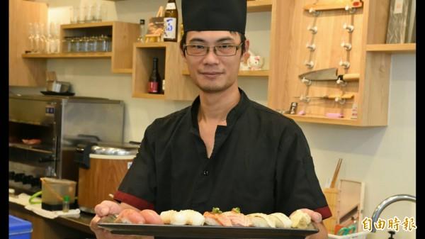 夏國寶的無菜單料理握壽司。(記者蔡清華攝)