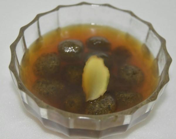 能煮甜湯的雨來菇QQ(芋圓)相當特別。(記者蔡宗憲翻攝)
