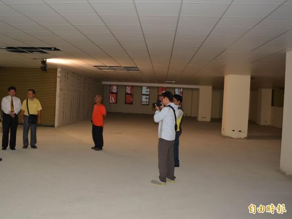 彰化市喬友大廈5樓重修後煥然一新。(記者湯世名攝)