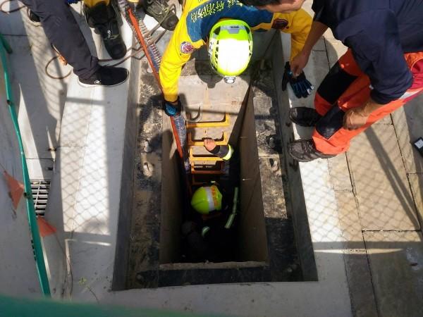 台中市北屯區十四期重劃區共管清理工程傳工安意外。(記者許國楨翻攝)