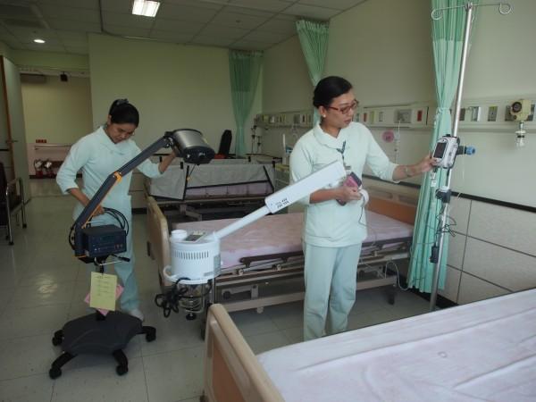 為設置安寧病房,北榮台東分院添購多項讓患者可更舒適的設備。(記者王秀亭攝)