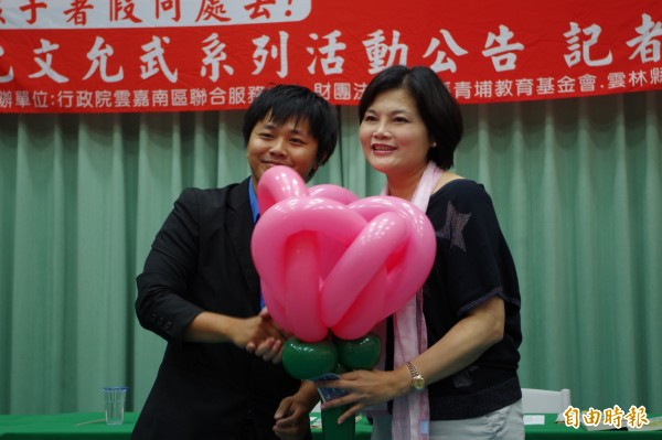 立委張麗善(右)強調黨沒有分裂本錢,現在最重要扮演好自己角色,只要對黨有利,她都支持。(資料照:記者林國賢攝)