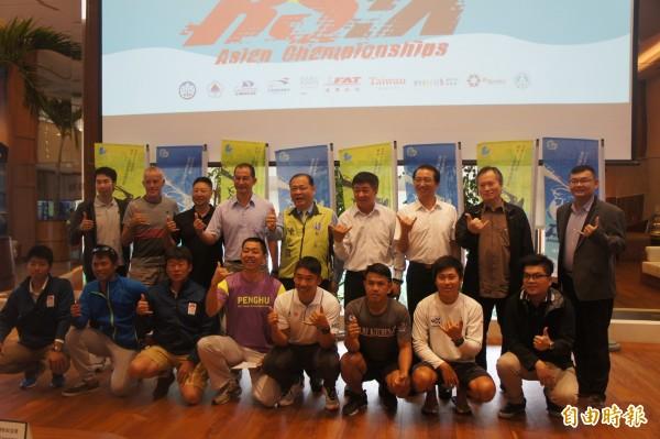 風浪板亞奧運積分賽十六日起展開,台灣好手先行亮相。(記者劉禹慶攝)
