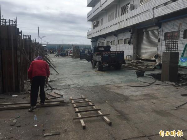 富岡漁港觀光漁市改善計畫啟動。(記者張存薇攝)