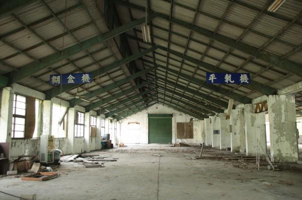 彰化榮民工廠為典型的鋼結構設計,內部相當寬敞。(圖:巫宛萍提供)