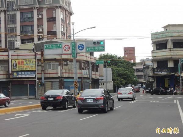 新竹市竹光路銜接景觀大道的公道三新闢道路計劃案,因要拆遷的住戶有76戶,市府已努力達成讓9成住戶同意。(記者洪美秀攝)