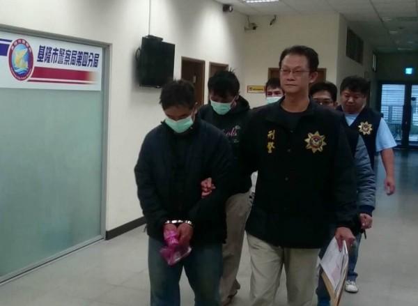 警訊後將陳氏父子等人移送法辦。(記者吳昇儒翻攝)