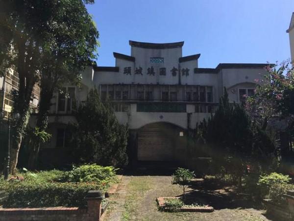 大千戲院被鎮公所改為鎮立圖書館。(頭城鎮公所提供)(記者林敬倫攝)