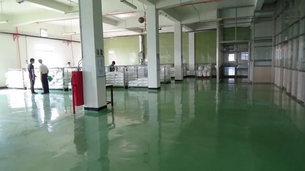 衛生局上個月30日聯合稽查,現場衛生環境改善,並做好原料分區管理。(衛生局提供)