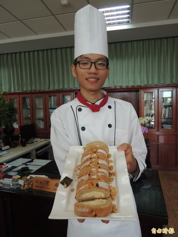 羅商學生楊濬豪拿下全國烘焙職種冠軍,希望大學畢業後到法國拜師學藝。(記者江志雄攝)