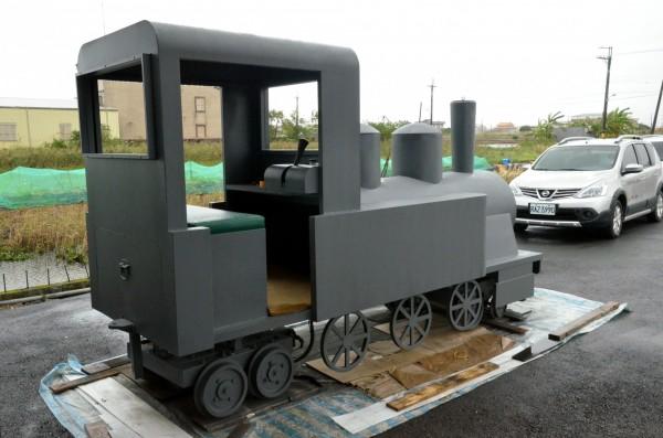 三星鄉公所打造的「復刻版」羅東林鐵火車頭。(記者張議晨翻攝)
