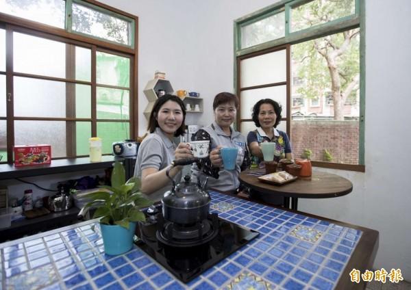 新竹市「社區點胭脂」社區環境改善計劃徵件開跑了,鼓勵社區來提案,創造社區亮點,凝聚社區向心力。(記者洪美秀攝)