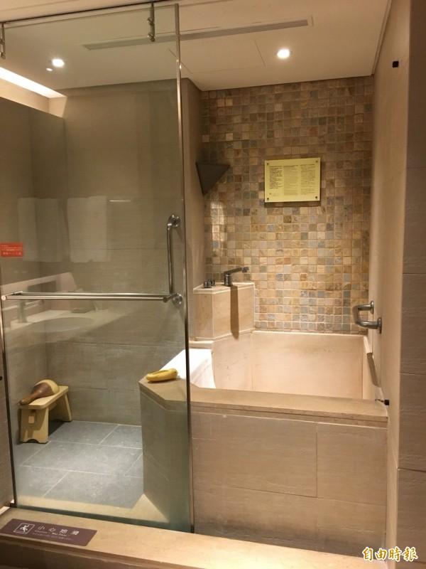 知本老爺酒店今年9月起重新裝修183間客房,力拚東部地區新飯店。(記者蕭玗欣攝)