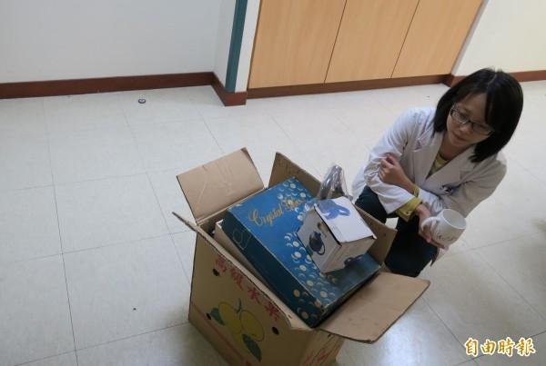 衛生福利部彰化醫院將在12月18日舉辦濟助貧病愛心義賣會,目前募得義賣物資出現短缺,院方希望民眾慨捐物資。(記者陳冠備攝)